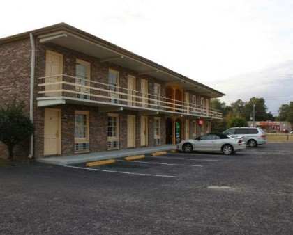 Deluxe Inn Kingstree SC