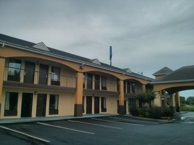 Florence Inn & Suites Florence SC - Places to stay in Pee Dee